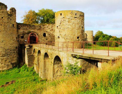 Копорская крепость и усадьба Гревова в Копорье